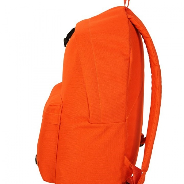 detalle mochila naranja random de vogart